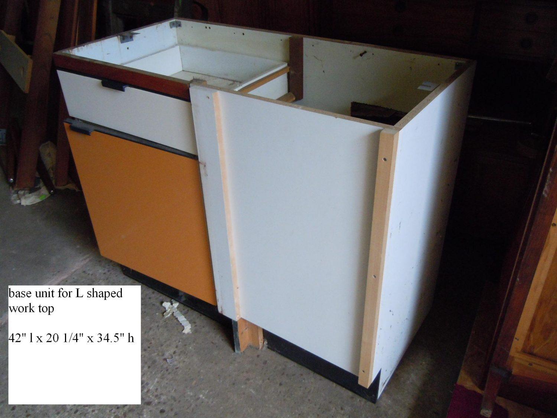 THBOHYGENAKIT01 Hygena Orange and White kitchen • Trevor Howsam Limited